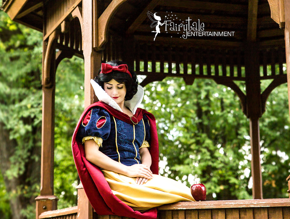 Rent Snow White for Kids Party in Chicago